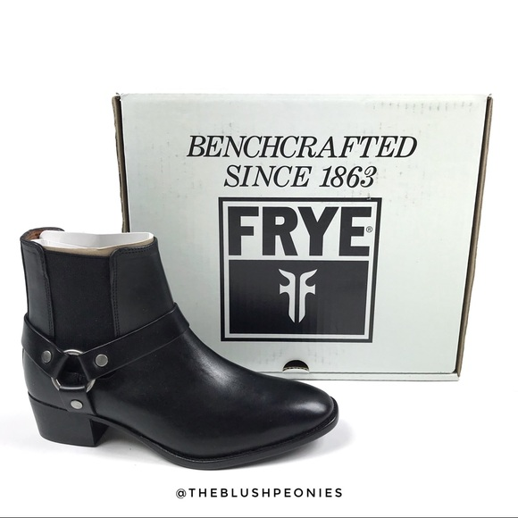 38a182cd945 NEW FRYE Dara Harness Chelsea Leather Boots ⚫️ NWT
